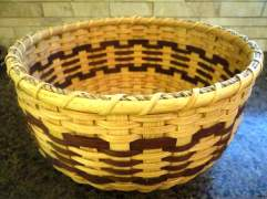1 Round basket side view web